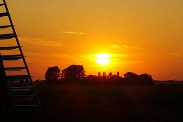 Prachtige zonsondergang in Nederland von Nynke Nicolai