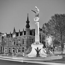 De Draak van 's-Hertogenbosch Zwart/ wit van Jasper van de Gein Photography