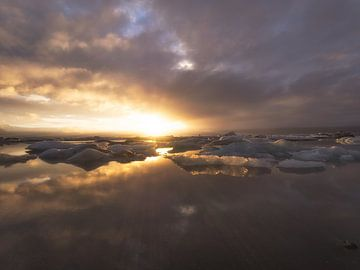 Laatste licht van Roelof Nijholt