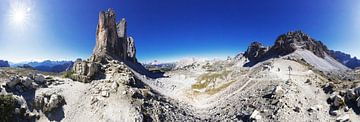Panorama in den Dolomiten mit den Drei Zinnen von Frank Herrmann