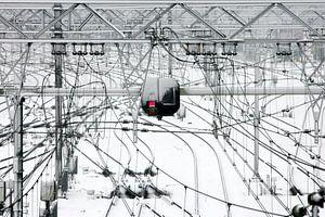 Station Arnhem na een sneeuwbui van