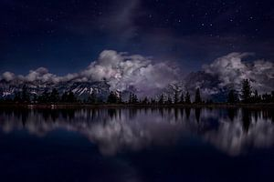 Astbergsee bei Nacht von Maaike Andrews