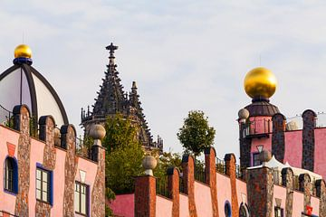 De Groene Citadel en de Dom in Maagdenburg van Werner Dieterich