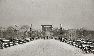 Magere Brug in de sneeuw II Amsterdam