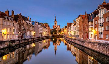 Spiegelbeeld Brugge van Adelheid Smitt