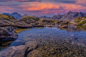 Zonsondergang bergmeer Lac Blanc vallée de La Clarée van Tessa Louwerens