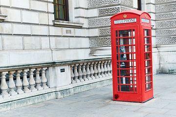Cabine téléphonique rouge qui se souvient ? sur Ineke Huizing