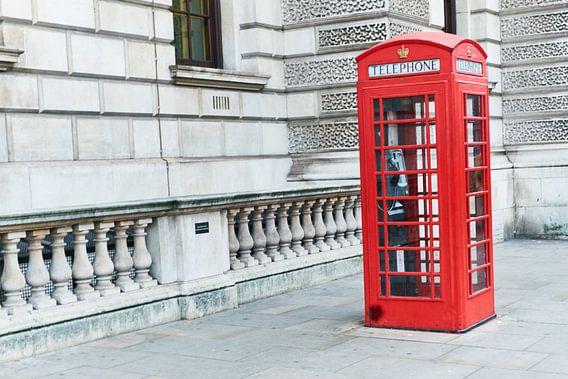 Rode telefooncel wie kent die nog?