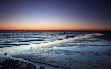 Sonnenuntergang am Strand auf Sylt von Frank Herrmann