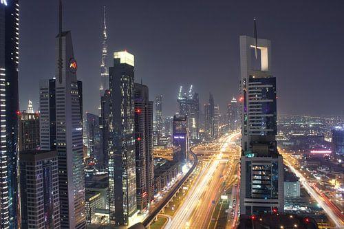 Skyline Dubai van