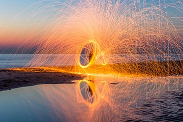 Staalwool fotografie op Noordwijk strand von Richard Steenvoorden