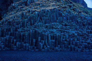 Black sand beach iceland van Merijn Loch