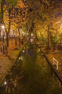 Nieuwegracht in Utrecht in de avond, herfst 2016 - 1 van