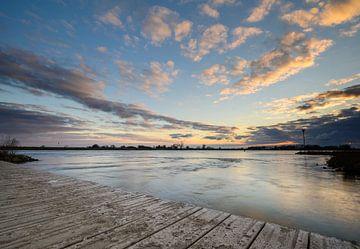 Blik over de IJssel van Michel Knikker