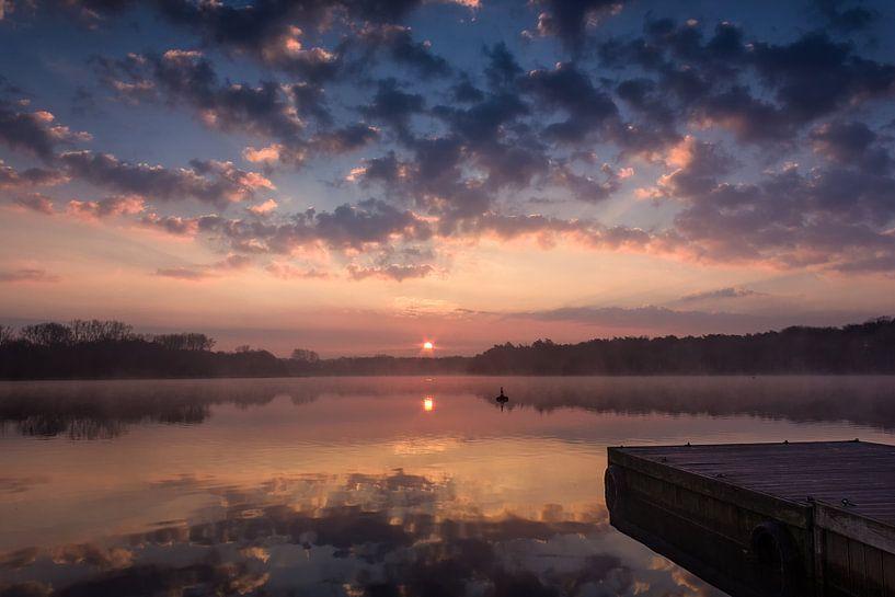 Steiger bij zonsopkomst van Jurgen Cornelissen