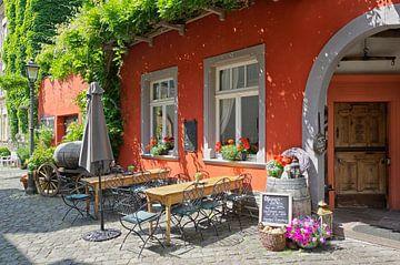Een wijnbar in Traben-Trarbach aan de Moezel van Berthold Werner