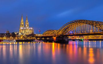 Kölner Dom am Rhein, Deutschland von Adelheid Smitt