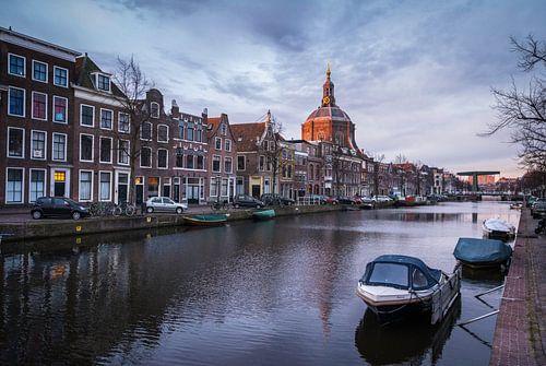 Zicht op de Marekerk, Leiden sur