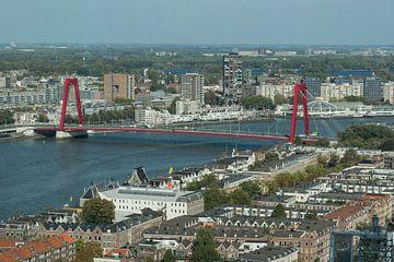 Willemsbrug in Rotterdam, bovenaf gezien