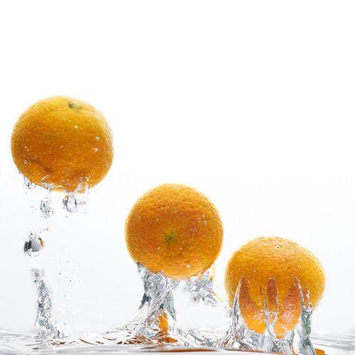 Fruit in water von Sjoerd van der Hucht