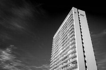 Hochhaus in Zandvoort von Roel Beurskens