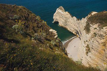 Landschaft der Klippen der Normandie in der Nähe von Etretat. von Paul van Putten