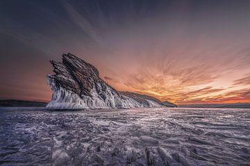 Drakeneiland Olchon van Peter Poppe
