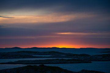 Soleil de minuit sur Træna, Norvège sur Ellis Peeters