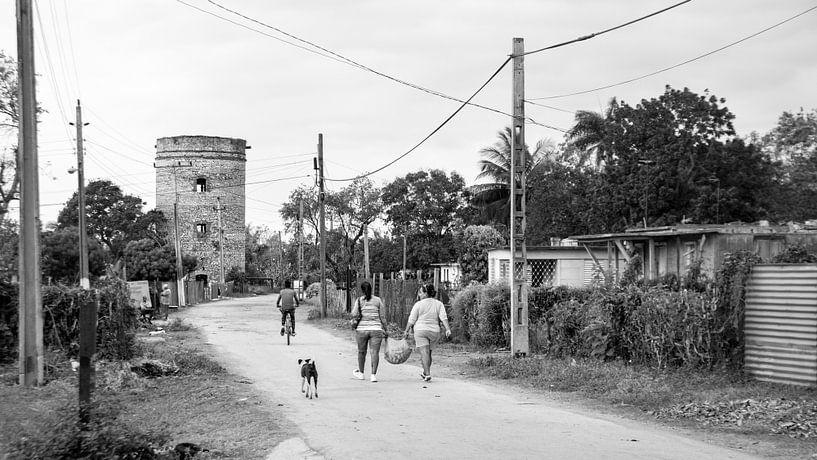Landleben in Kuba - schwarz weiß Bild von Urlaubswelt