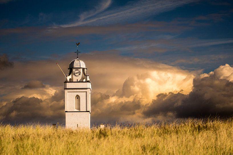 Weiß / Alte Kirche Katwijk von Peter Sneijders