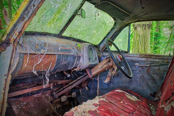 Dirty Interior  van Vincent den Hertog