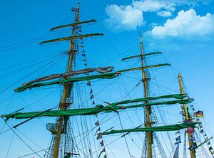 Masten van het tall ship Alexander von Humboldt II , Sail 2015