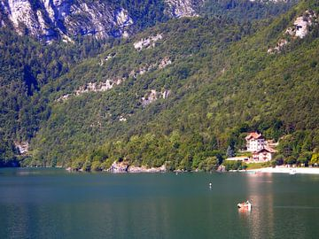 Lake Molveno  in de Brenta Italië von Joke te Grotenhuis