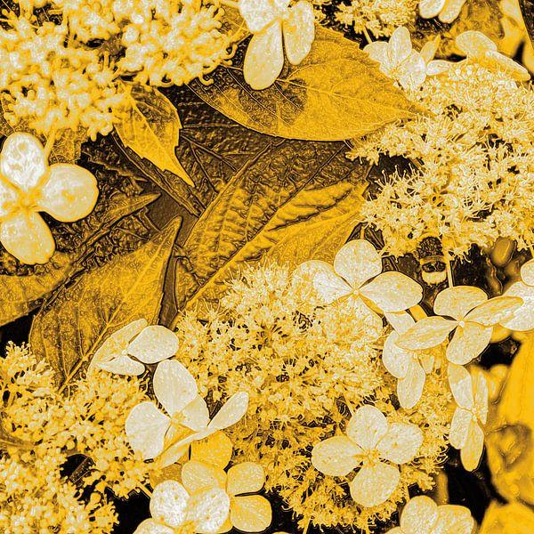 Digital Art Medium Bloemen Goud van Hendrik-Jan Kornelis