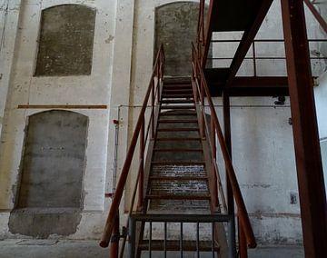 Naar de top! Trap in oude suikerfabriek in Groningen van