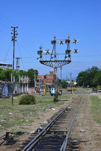 Spoorweg in Salta van Abe Maaijen