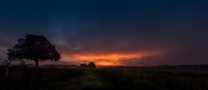 Dalfsen (Millingen) voor zonsopgang van Erik Veldkamp