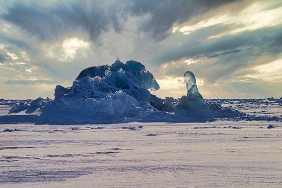 Verpakkingsijs sculptuur op Svalbard / Spitsbergen