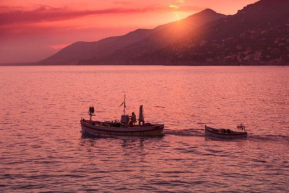 Zonsondergang in de Golf van Genua van Rob Kints