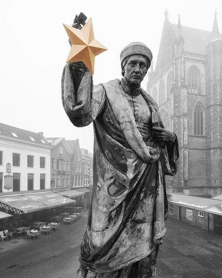 Haarlem: Lautje met gouden cultuurster in zwart en wit