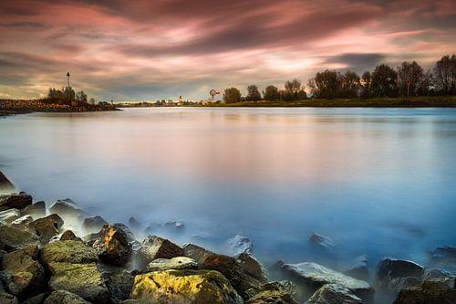 Zonsondergang, IJssel von Edward Sarkisian