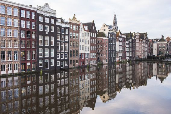 Amsterdam - Damrak Awakening van Alexander Tromp