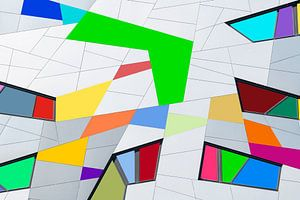 Gebouw met gekleurde vlakken van Bob Janssen
