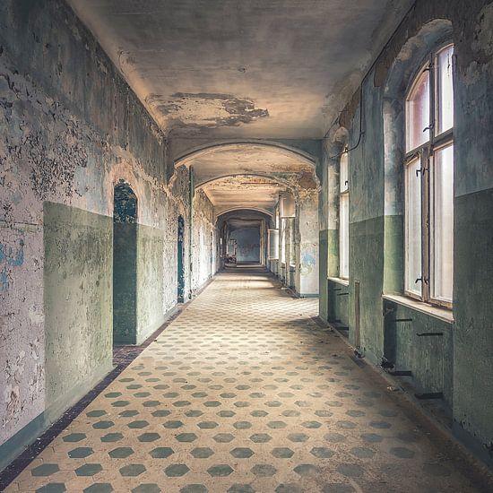 Das verlassene Krankenhaus von Frans Nijland