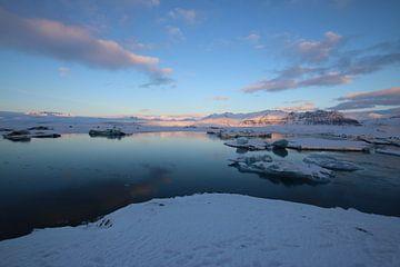 Lac des glaciers en Islande sur Koen van der Werf