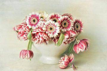 Bloem romantisch - rood en wit van Lizzy Pe