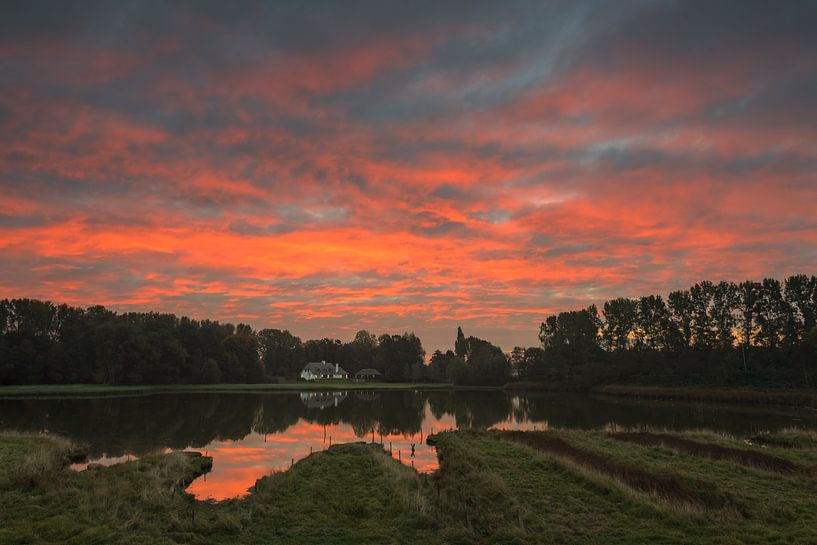 Ter Lucht at Sunrise van Colorful Compositions