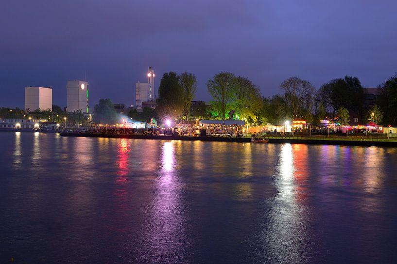 Fluff Disco Vrijheidsfestival Op Strand Oog In Al In Utrecht Van