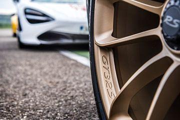 Porsche 911 GT3 RS velg en McLaren 720S van Bas Fransen