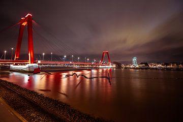 Willemsbrug Rotterdam van Rene Van Putten